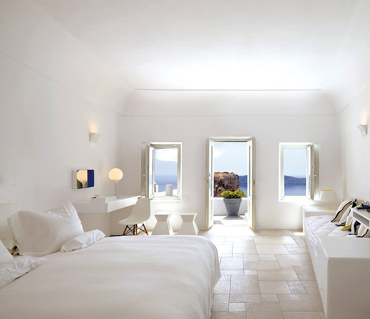 Grace Santorini honeymoon suite