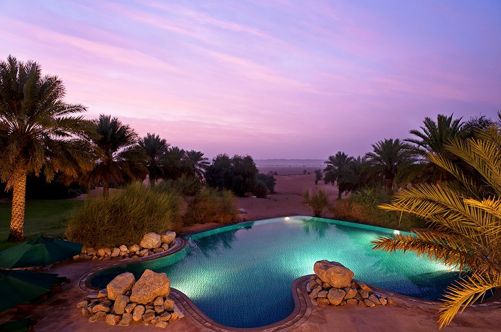Al Maha Desert Resort swimming pool