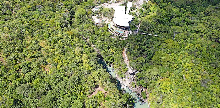 Rio Perdido - Jungle sports and thermal river with hot-spring pools