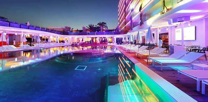 Ushuaia Ibiza Beach Hotel - The best pool party in the World!