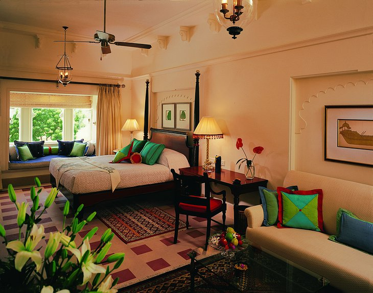 The Oberoi Udaivilas room