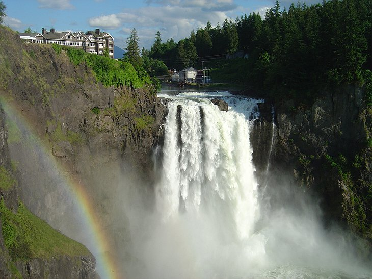 Twin Peaks The Great Northern Hotel With The Waterfall