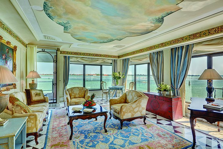 Belmond Hotel Cipriani suite with panoramic views