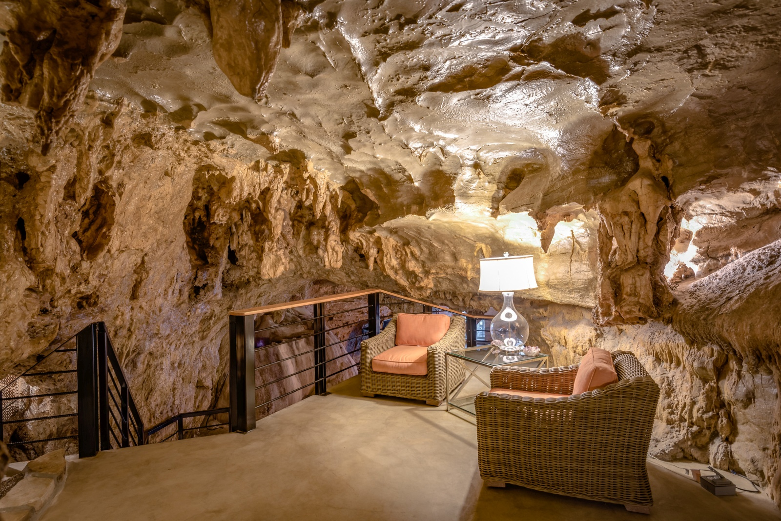 Beckham Creek Cave Lodge The World S Most Luxurious Cave