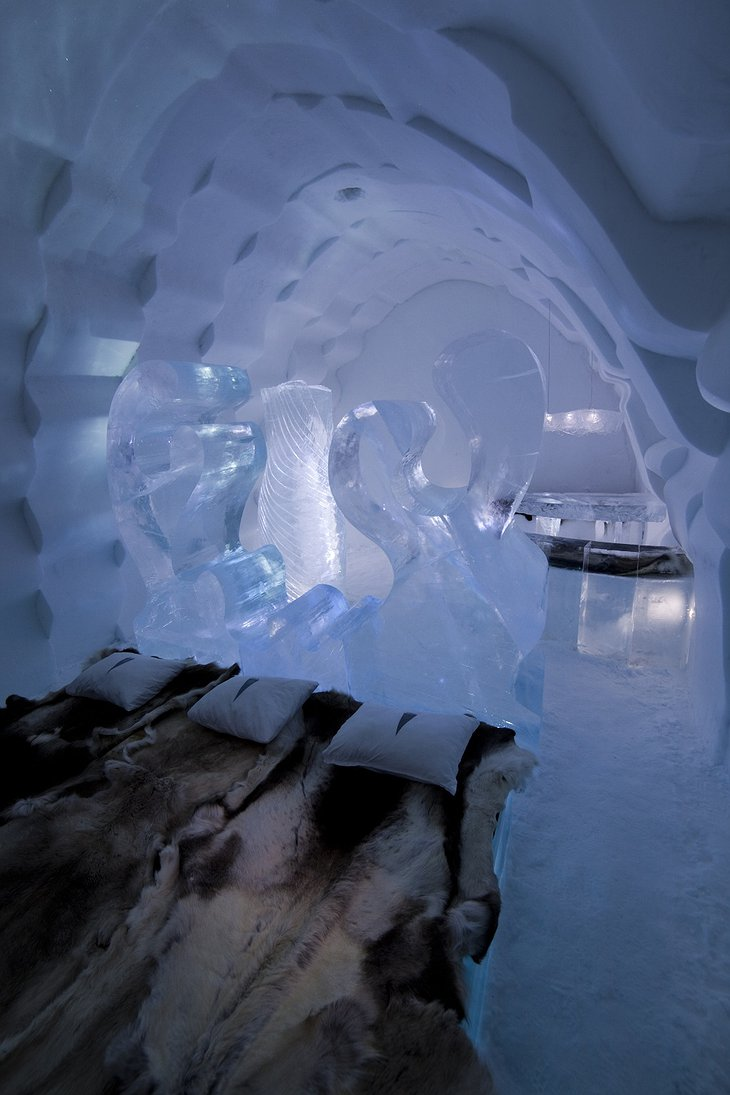 And Yet She Moves IceHotel Suite