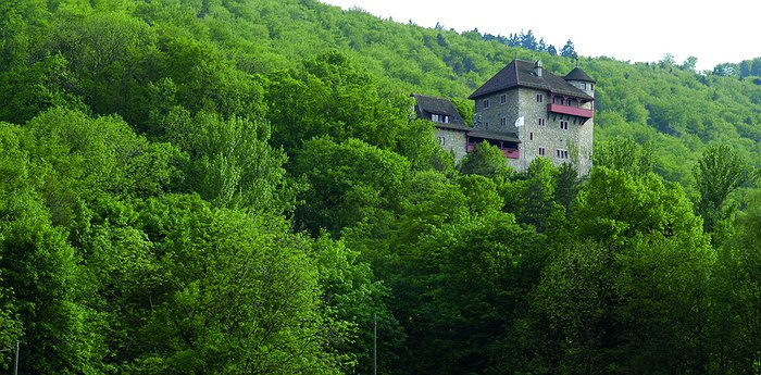 Youth Hostel Mariastein Rotberg Castle - 13th-Century Authentic Atmosphere