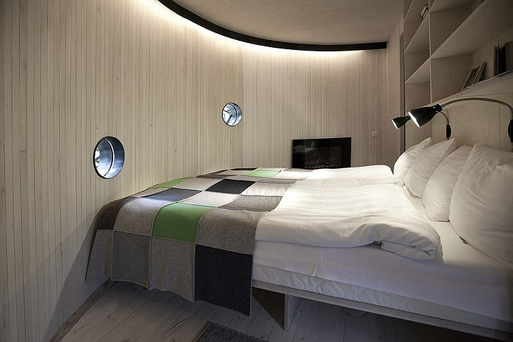 Bed in UFO tree house