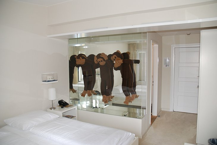 The three monkeys room