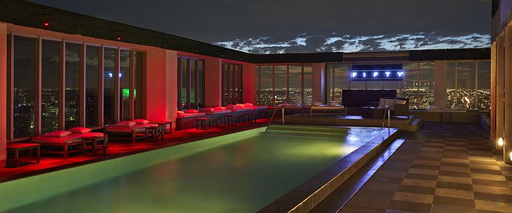 Viceroy Miami rooftop swimming pool