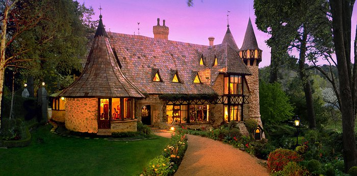 Thorngrove Manor Hotel – Happily Ever After