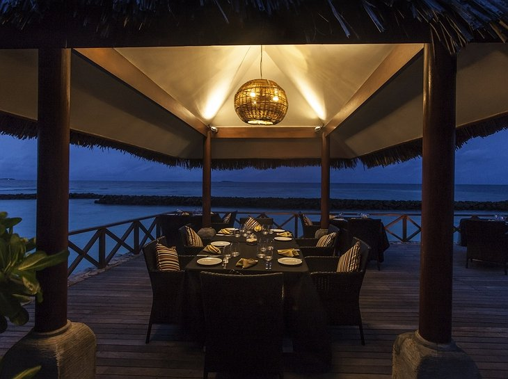 Vivanta By Taj - Coral Reef terrace dining