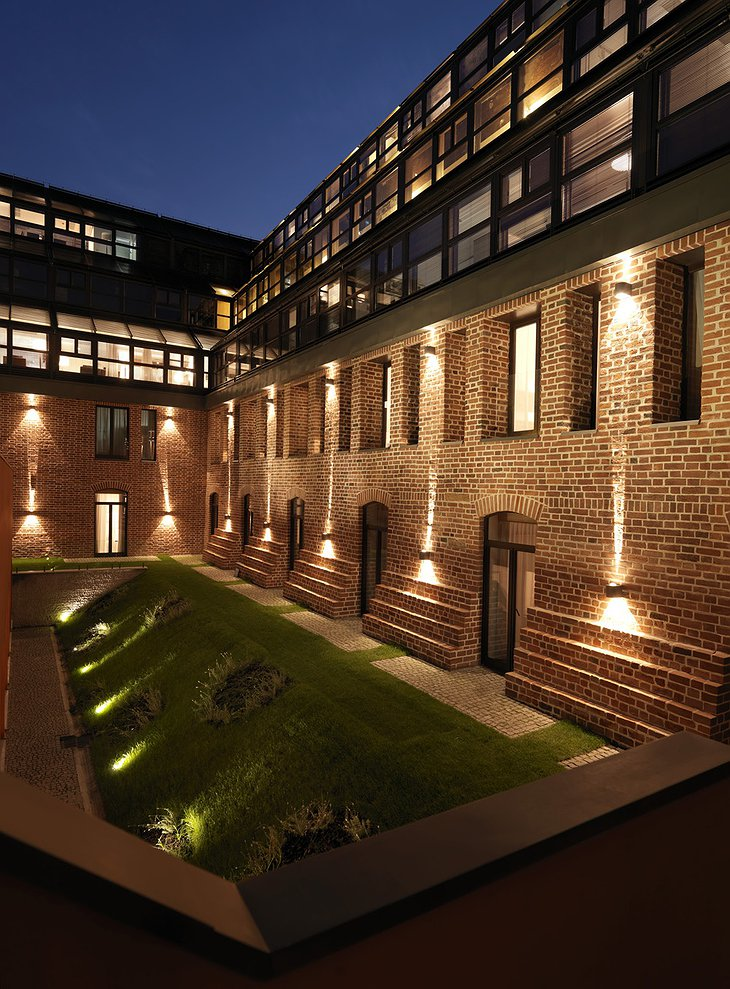 The Granary - La Suite Hotel building brick and glass facade