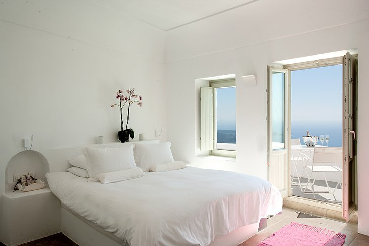 Grace Santorini deluxe room with balcony