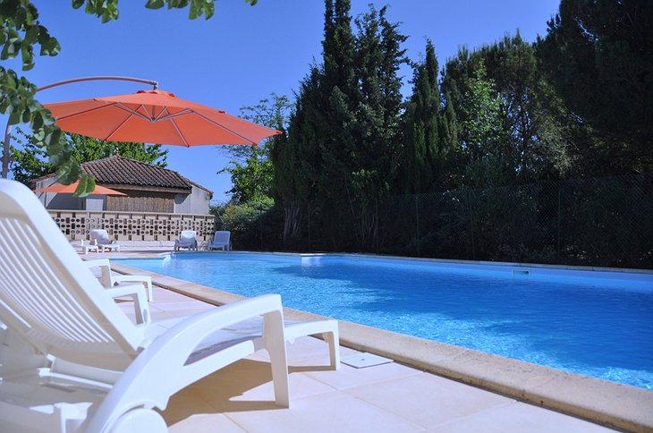 Le Prince Noir swimming pool