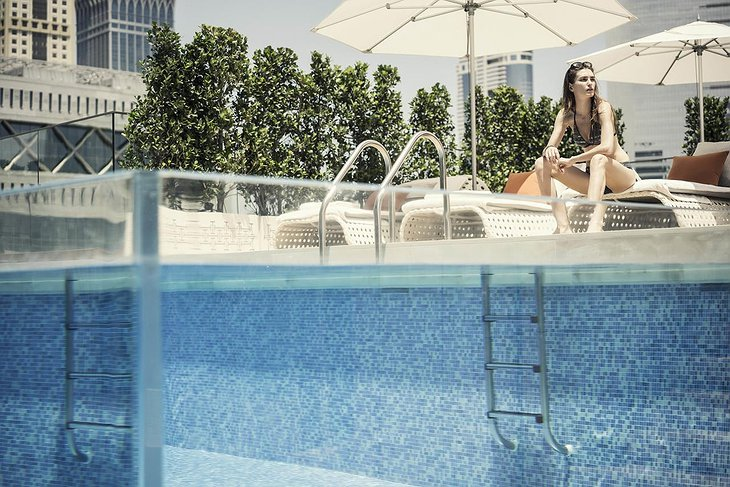 Four Seasons Dubai DIFC pool