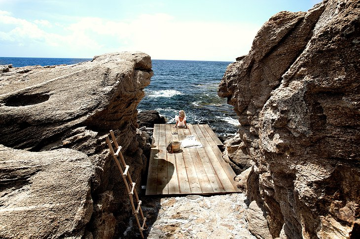 San Giorgio Mykonos private rock beach