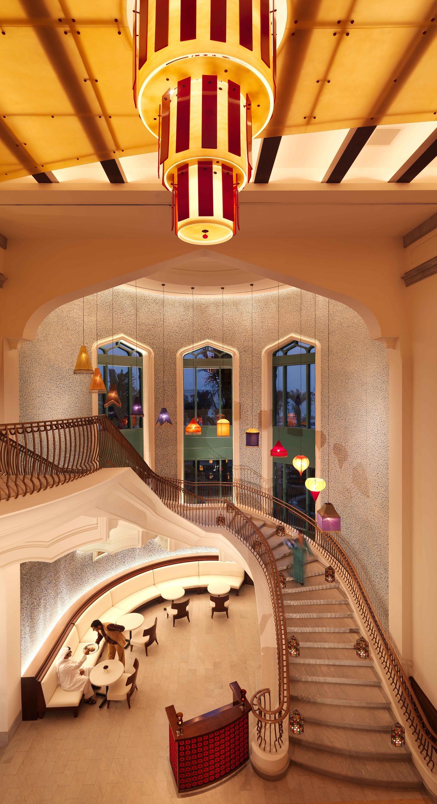 atlantis hotel dubai. Black Bedroom Furniture Sets. Home Design Ideas