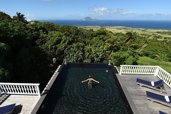 Belle Mont Farm infinity pool with ocean views