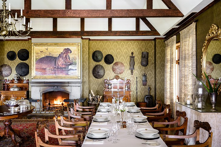 Singita Sasakwa Lodge dining room