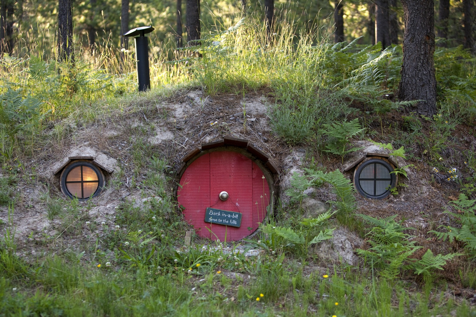 Hobbit house for Hobbit house images