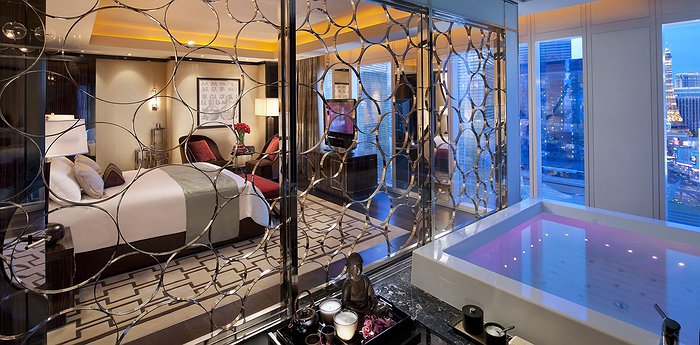 The Mandarin Oriental at CityCenter Las Vegas