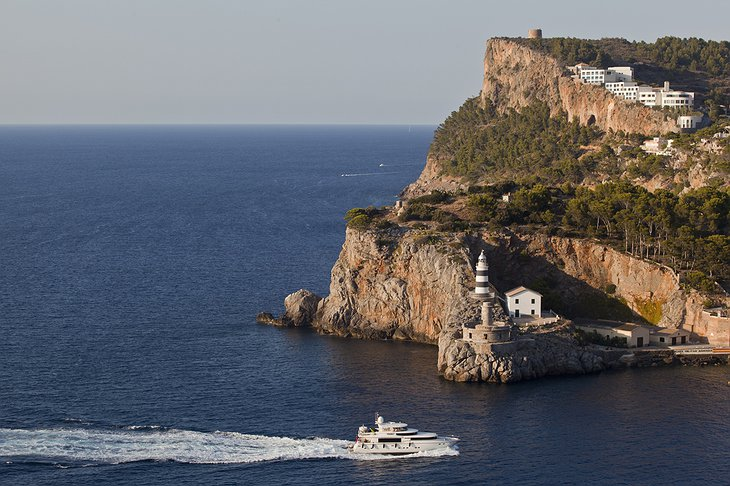 Jumeirah Port Soller on the cliffs