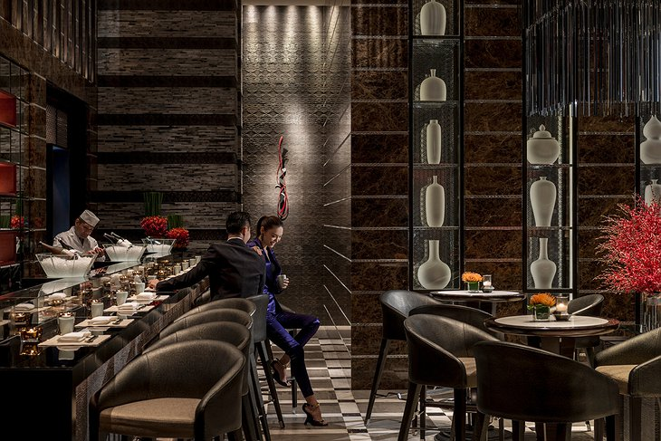 Four Seasons Hotel Pudong bar