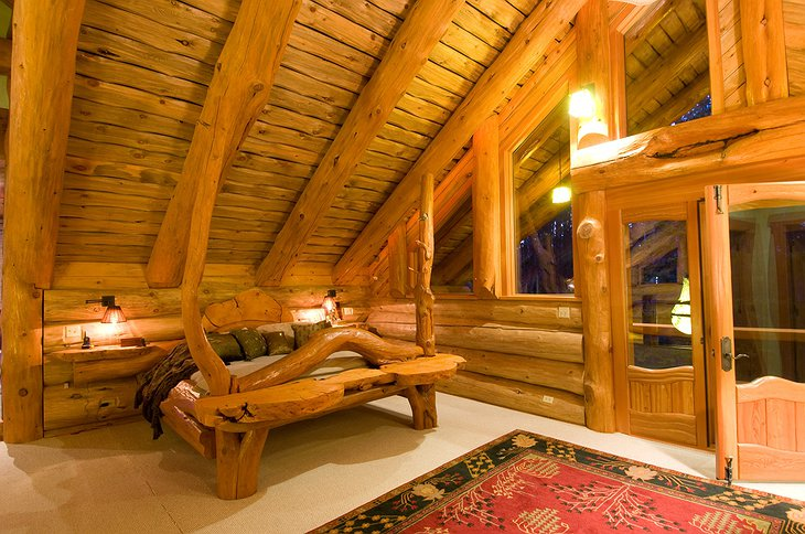 The Chilko Experience Wilderness Resort wooden bed