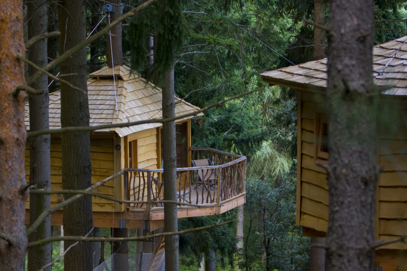 Patagonia South America >> Cabanes Als Arbres - Catalan tree house huts