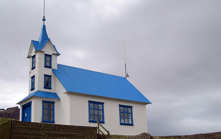 Kirkjubaer Church
