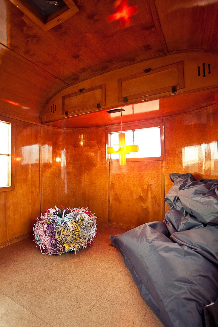 Kozy Coach trailer interior