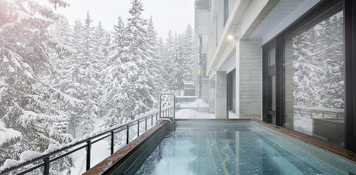 Terminal Neige – Totem Flain - Steamy outdoor pool with Alps view