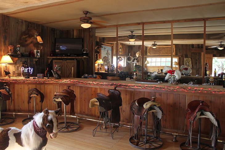 Genuine Draft Horse Ranch salon interior