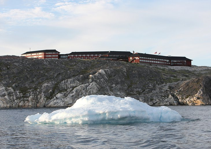 Hotel Arctic with iceberg