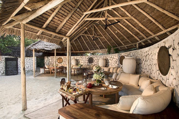 andBeyond Mnemba Island guest area