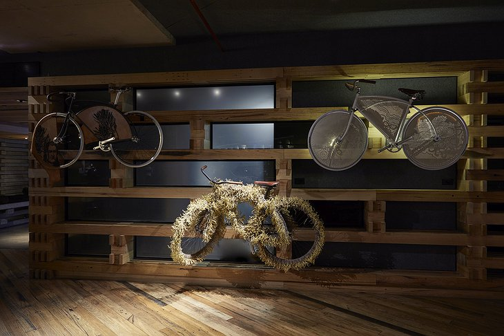 Ovolo Nishi Bicycle Wall Art