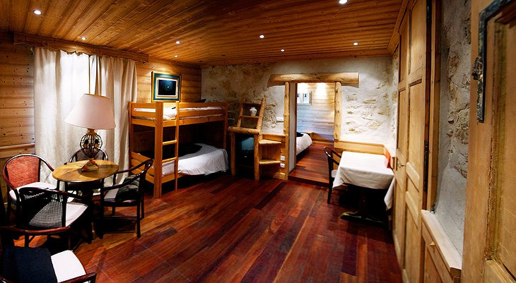 Hotel Arbez room with bunk beds