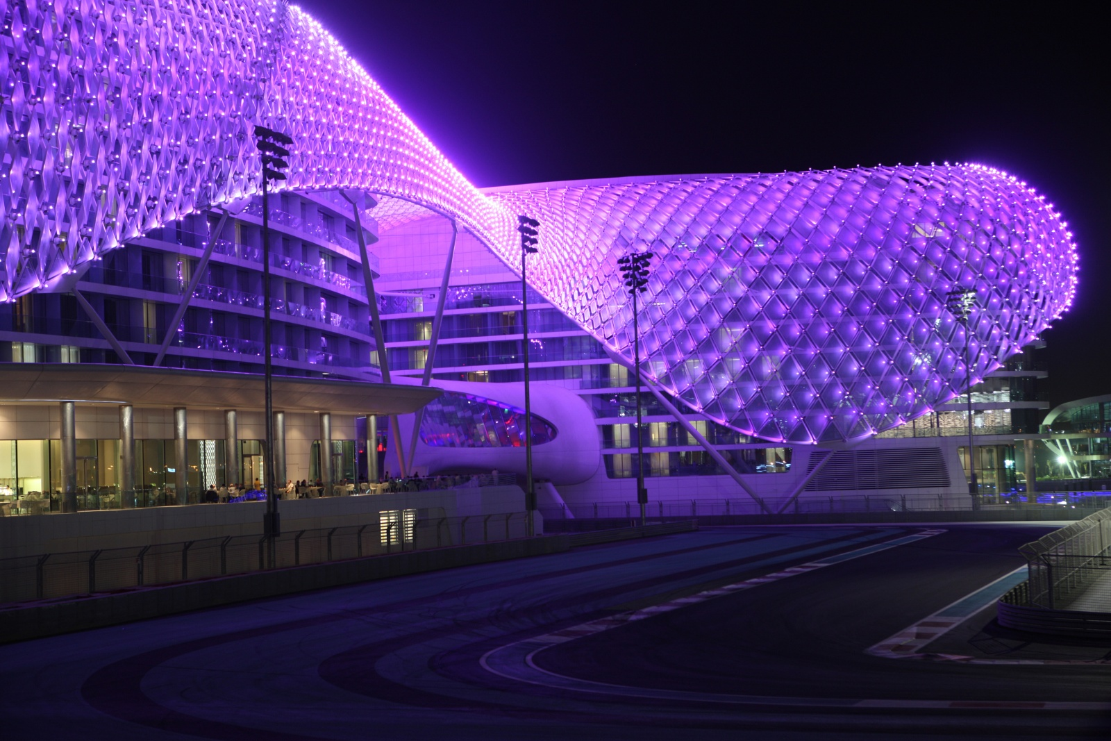Art Butler Auto >> Yas Viceroy Hotel – Super Grand Prix Hotel!