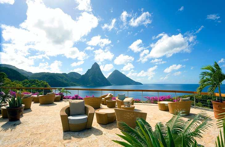 Jade Mountain Resort terrace