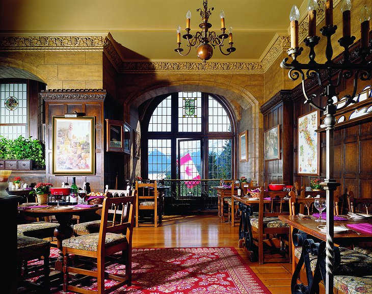 Fairmont Banff Springs Hotel restaurant