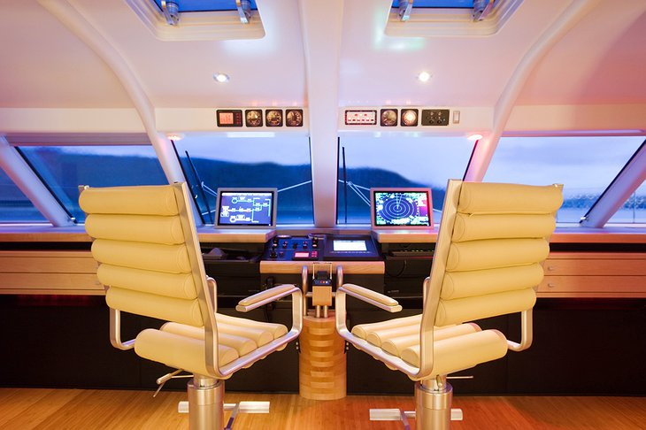 Necker Belle captain seats