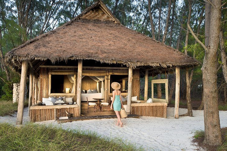andBeyond Mnemba Island family wooden hut