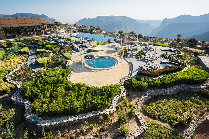 Anantara Al Jabal Al Akhdar Resort - Main Infinity Pool