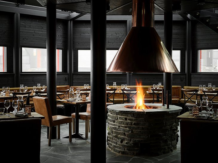 Levin Iglut restaurant with fireplace