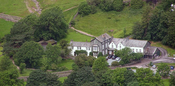 Old Dungeon Ghyll - 300-Year-Old Hotel