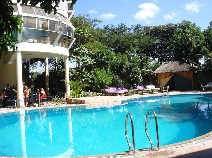 Safari Lodge Adama hotel swimming pool