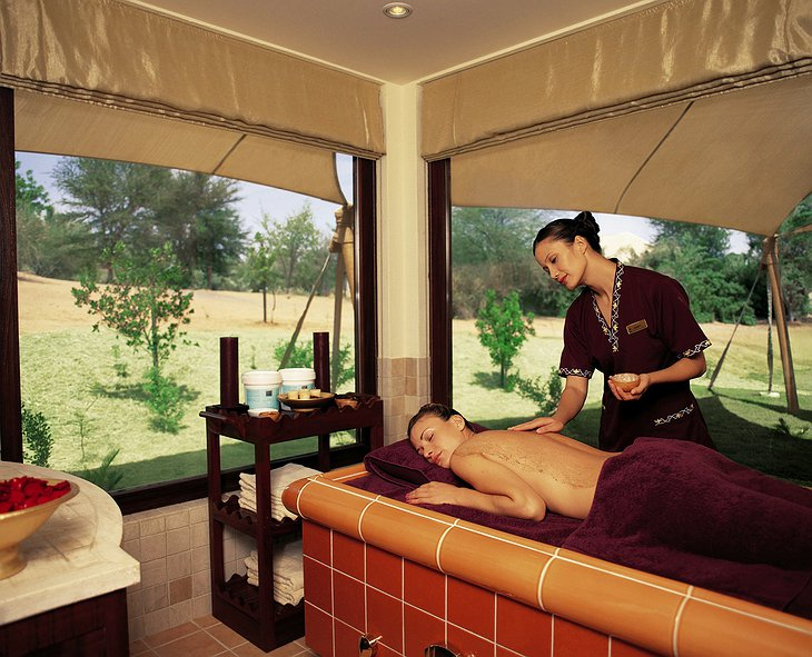 Al Maha Desert Resort massage in the spa
