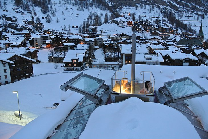Backstage Hotel Chalet Rooftop Hot Tub with Zermatt View
