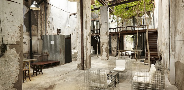 Sekeping Victoria - Rough-luxe Warehouse Hotel