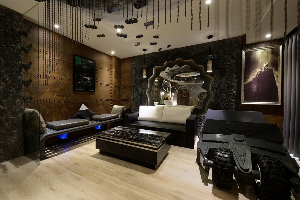 Eden Motel Taiwan Batman Themed Hotel Room